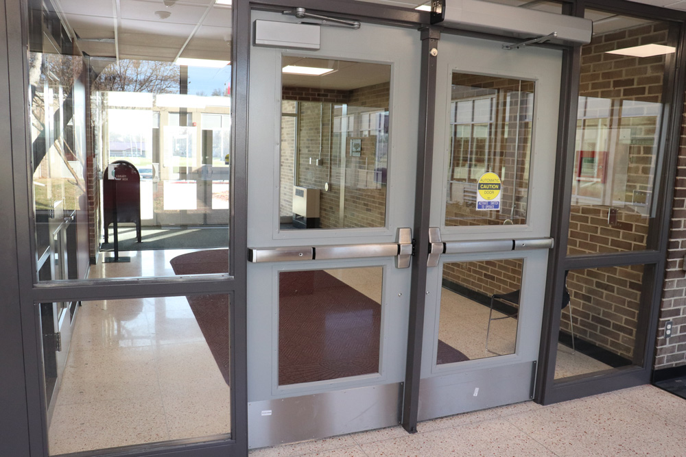 <b>New security features were added at the main entrance to Shenandoah High School as part of the remodeling, while handicap accessibility features were added at entrances and exits throughout the building. </b>(CANCO photo)