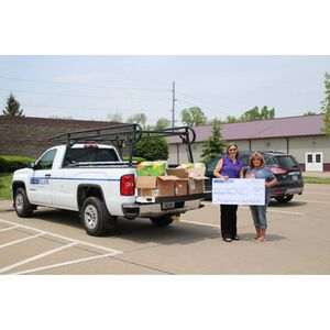 CANCO Employees Make a Difference for Muscatine Humane Society